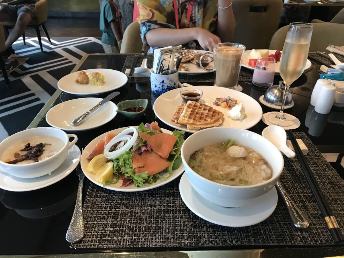 パレスレストランの朝食です アラカルトの注文&ブッフェでした とても美味しいです