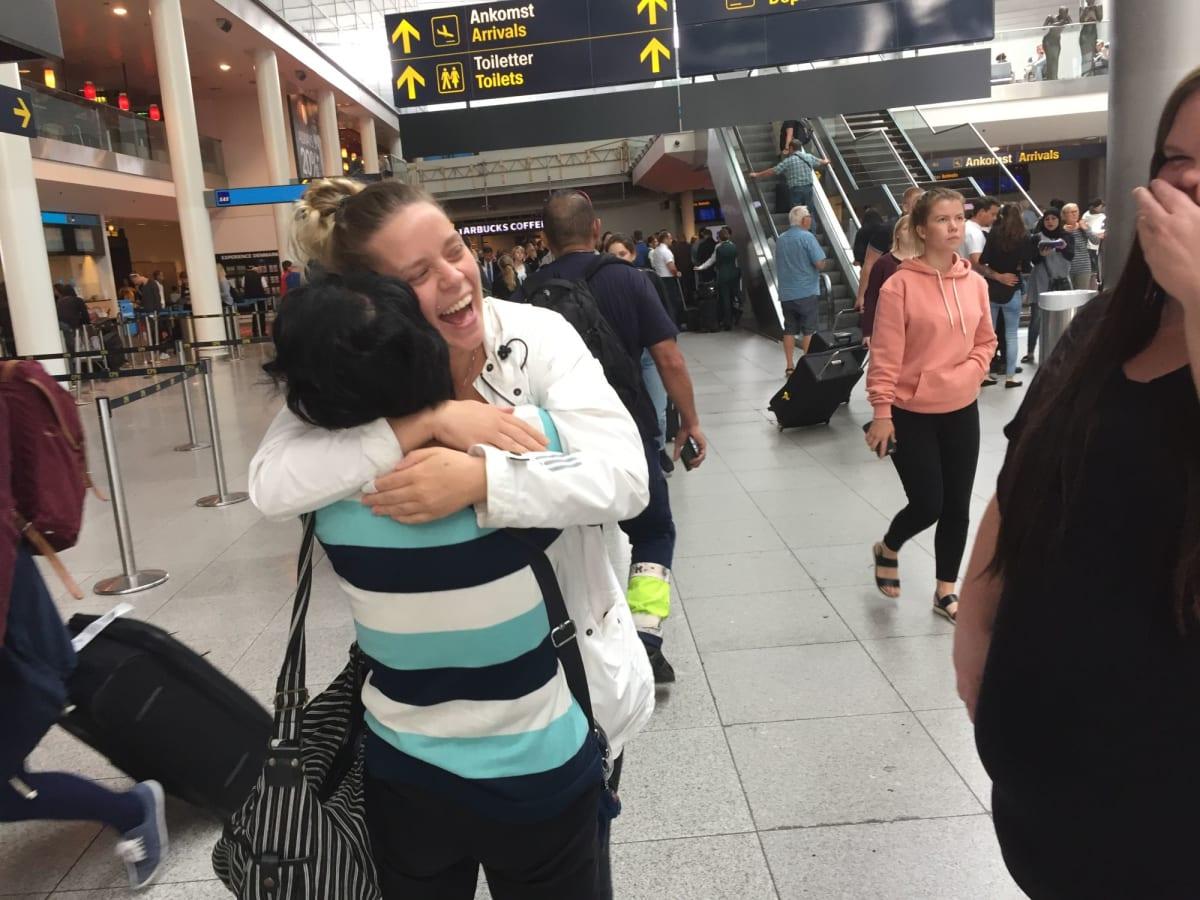 クルーズを終え帰国するときにコペンハーゲンの友人たちが空港に見送りに来てくれました。再開を約束して別れました。