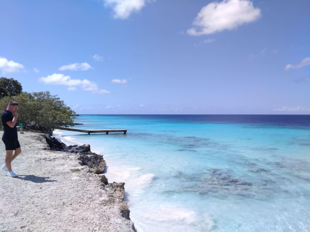 ボネールの海!天国か⁉ | クラレンデイク(ボネール島)