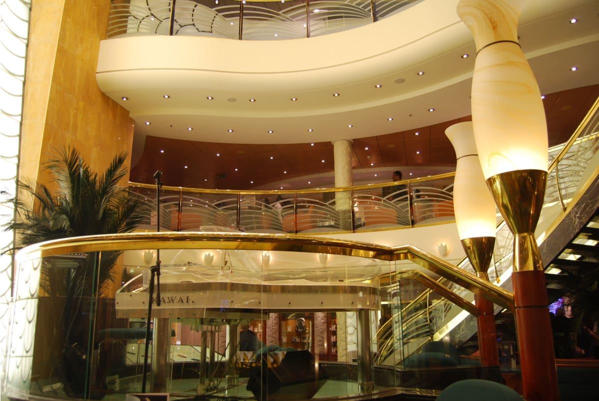 客船MSCムジカの船内施設