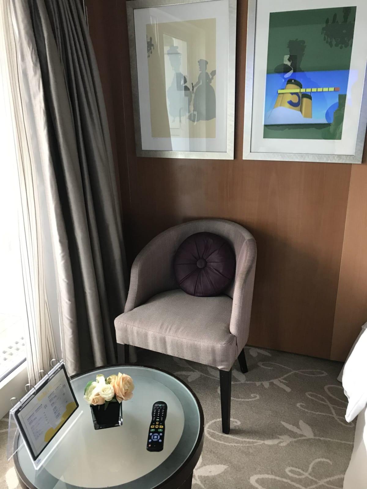 海側バルコニー室内 | 客船コスタ・ネオロマンチカの客室