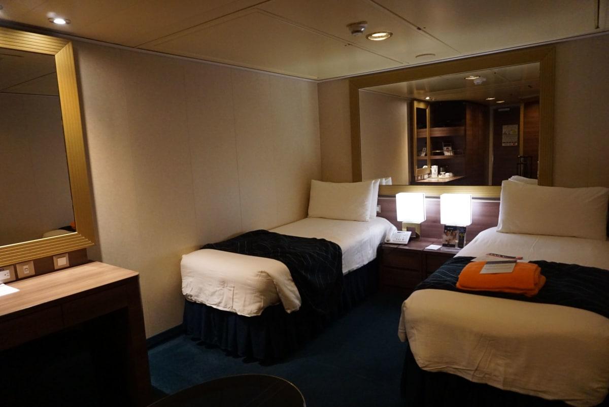 内側のお部屋も広々。   客船MSCスプレンディダの客室