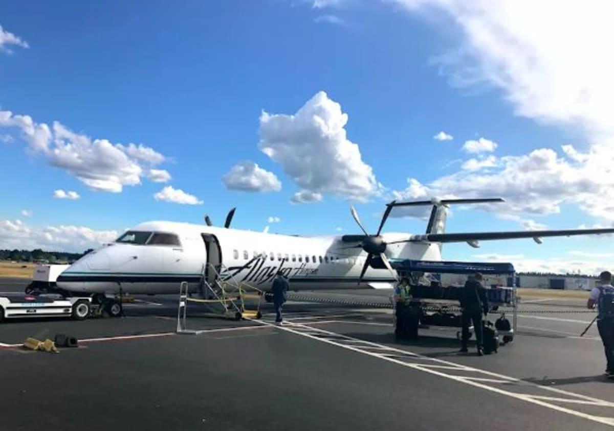 DLでシアトルへ!  ポートランドの乗り継ぎ7時間で、市内へ遊びに出かけました。  ポートランドはこじんまりとしていて、ポートランド空港からも公共交通機関でアクセスが出来ます。(写真はポートランド→シアトルのアラスカ航空) | シアトル(ワシントン州)