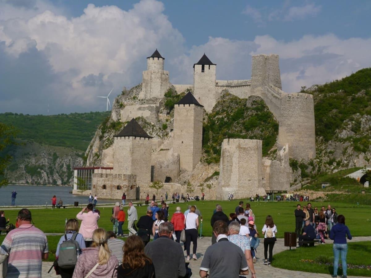 ゴルバッツ要塞