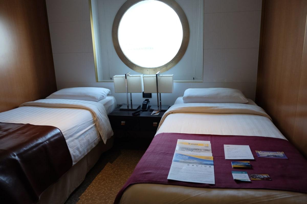 海側キャビン7085   客船コスタ・ネオロマンチカの客室