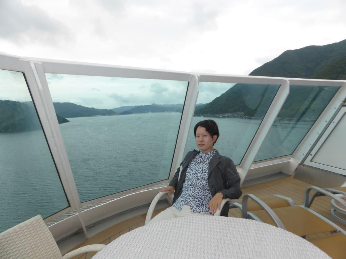 1403デラックススイートのプライベートバルコニー | 客船コスタ・ネオロマンチカの客室、乗客