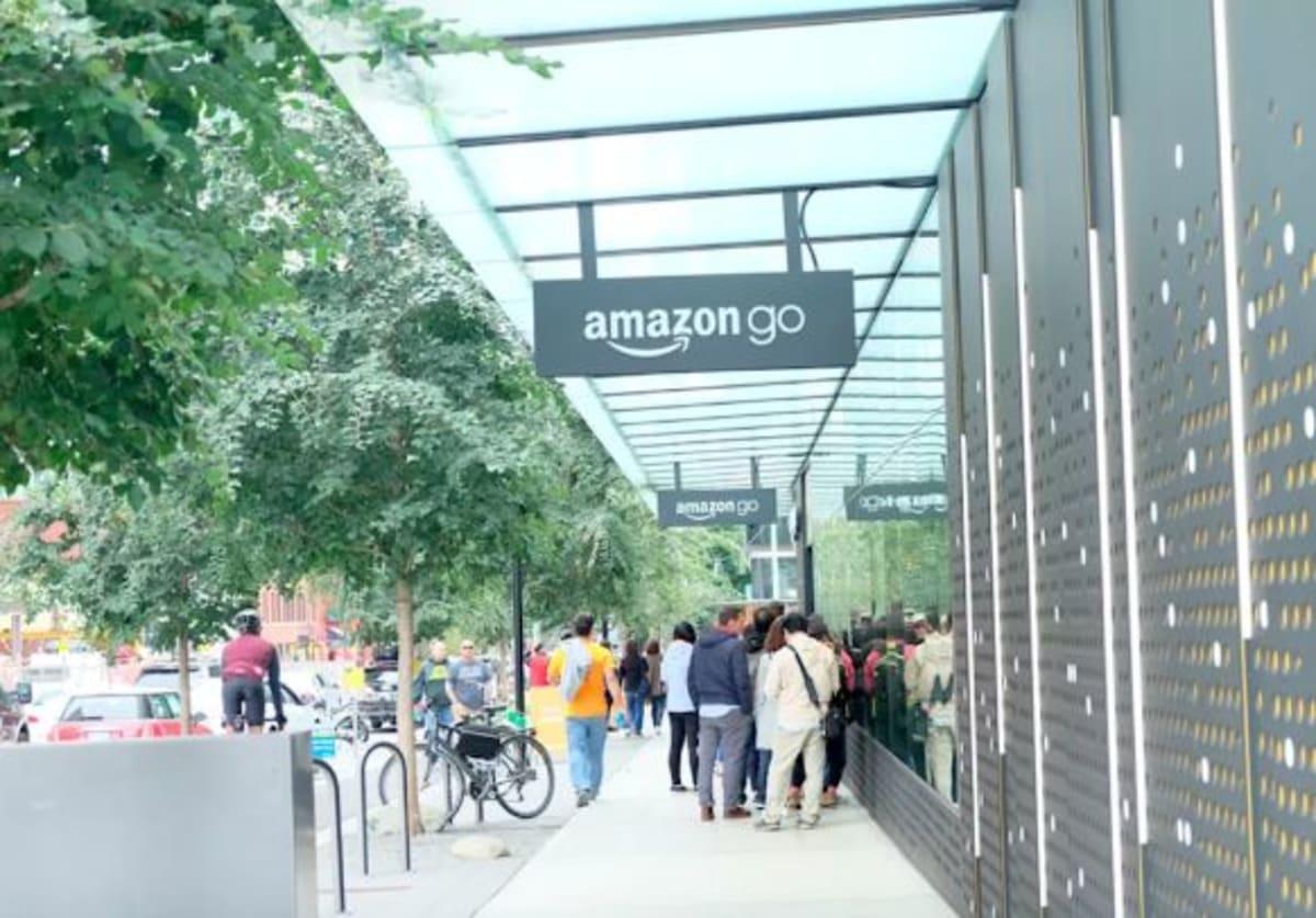 シアトルの観光は「Amazon Go」から!シアトル市内ホテルから徒歩圏内に2件ありました。   シアトル(ワシントン州)