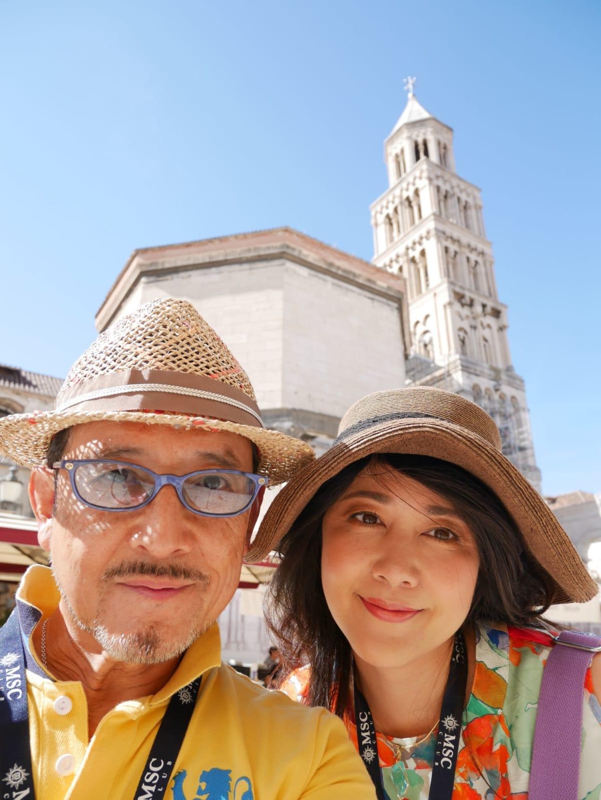聖ドムニウス大聖堂の鐘楼をバックに | スプリト