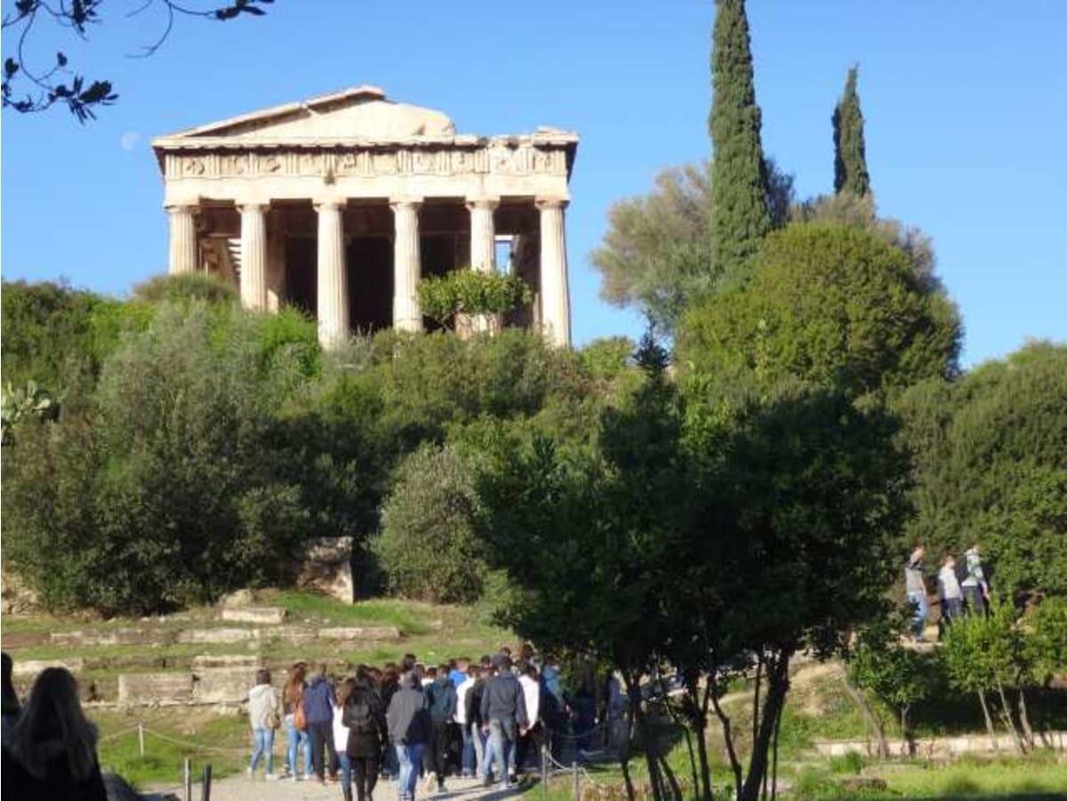スリや置き引き等の犯罪が多発しているようですが、観光場所では特に問題ありませんでした。 | ピレウス(アテネ)