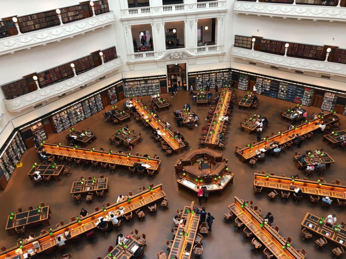 世界一綺麗な図書館ですって👍  メルボルン堪能しました😆