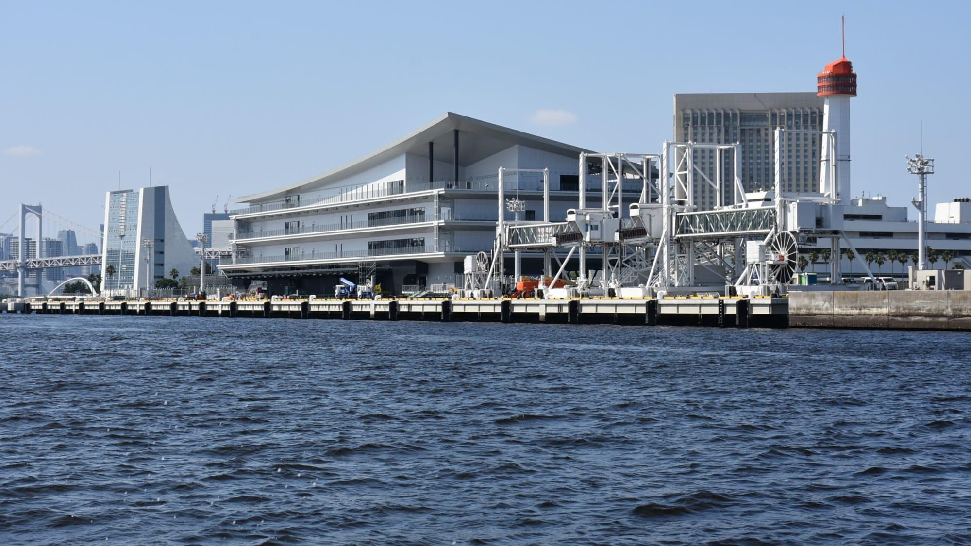 ほとんど完成している東京国際クルーズターミナル