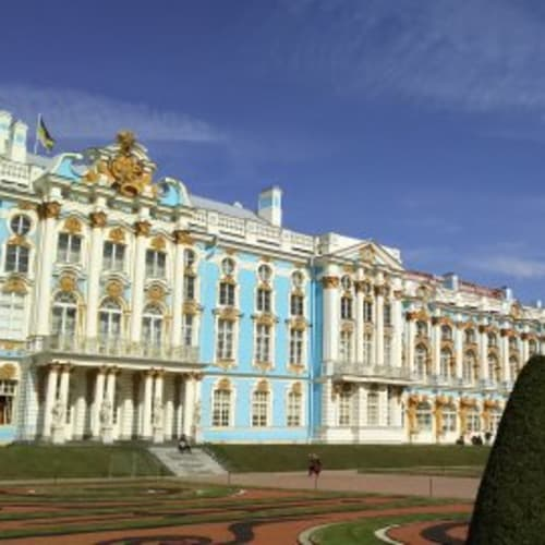 エカテリーナ宮殿。琥珀の間は色違いの琥珀で装飾されていて美しい。 | サンクトペテルブルク