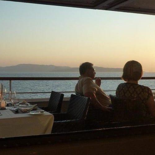 デッキレストラン | 客船シーボーン・クエストのダイニング、船内施設