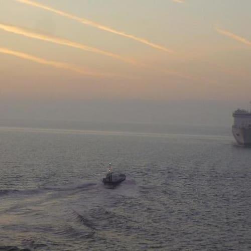 下船日 夜明け前 | 客船シーボーン・スピリットの外観