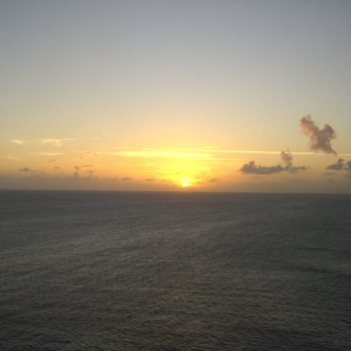 12月27日 Tortola, 英国バージン諸島を出たあとの夕暮れ。 | トルトラ島(イギリス領ヴァージン諸島)