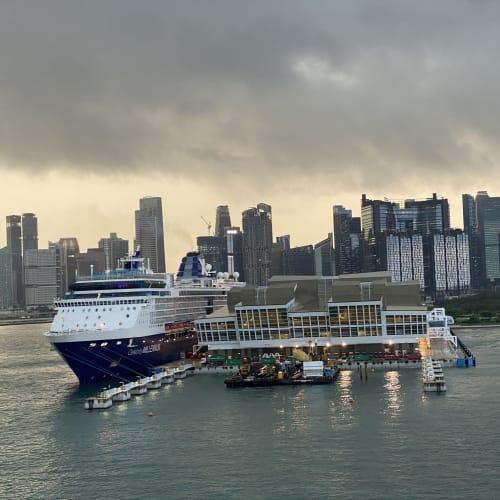 シンガポールでの客船セレブリティ・ミレニアム
