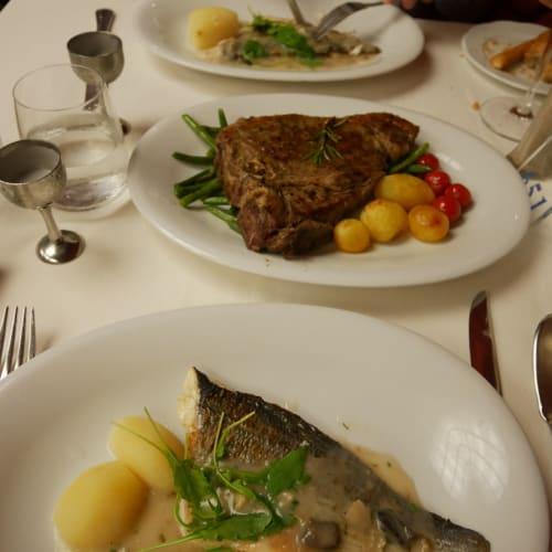 前日から特別料理を注文(Tボーンステーキかロブスターが選べた) 食べきれません | 客船MSCシンフォニアのダイニング、フード&ドリンク
