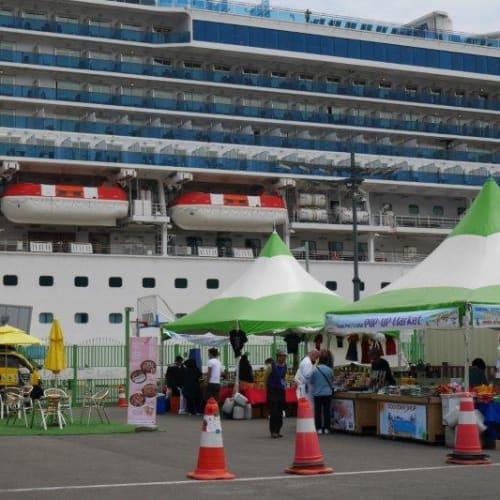 釜山港   釜山での客船ダイヤモンド・プリンセス