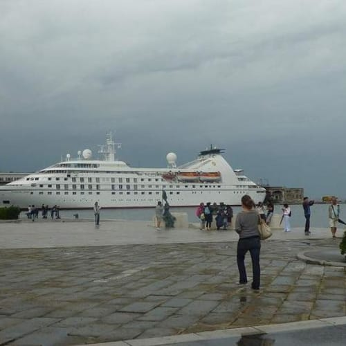 トリエステのシーボーンスピリット | トリエステでの客船シーボーン・スピリット