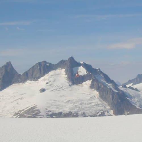 ジュノーのエクスカーション。ヘリコプターツアーで氷河へ。 | ジュノー(アラスカ州)