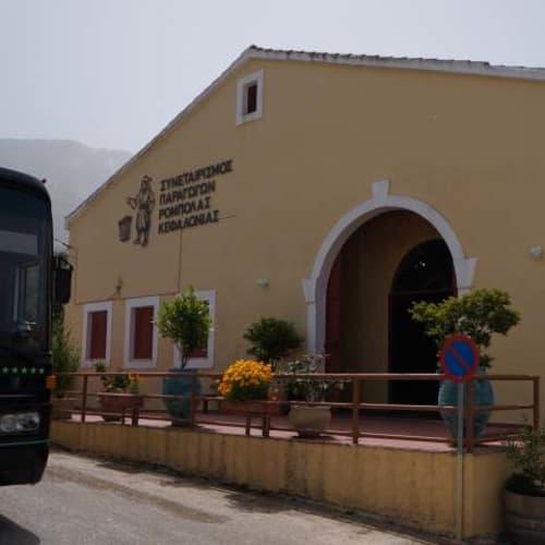 ギリシアのケファロニア島に着きました。ここではエクスカーションを利用しました。ここはワイナリー。 | アルゴストリ(ケファロニア島)