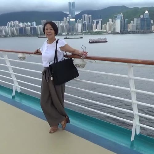 香港での客船ボイジャー・オブ・ザ・シーズ