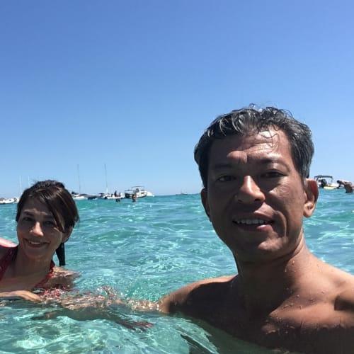 今度はZodiacでビーチへ、海が綺麗過ぎ!この色! | アジャクシオでの客船ル・ポナン