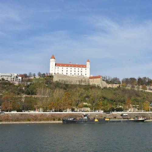 スロバキアのブラチスヴァ城 | ブラチスラヴァ
