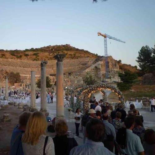 エフェソスでの船主催のコンサート | クシャダス / エフェソス