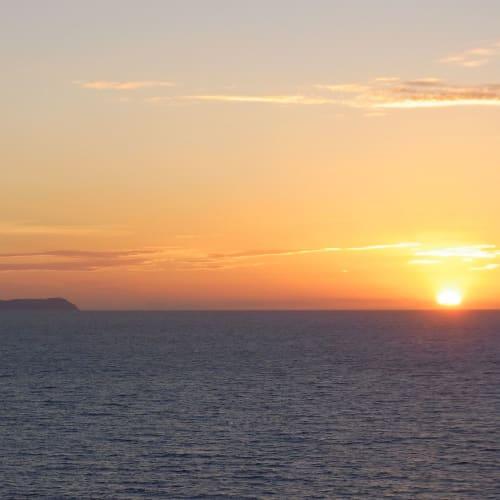 アドリア海に夕日が沈む。 | ケルキラ島(コルフ島)