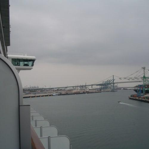 出港 ロングビーチ港  | ロングビーチでの客船サファイア・プリンセス