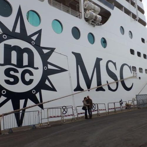 客船MSCプレチオーサの外観