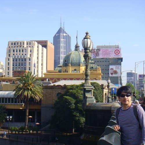 メルボルンは運河の街。そこにかかる橋(24日)