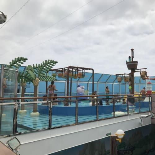客船コスタ・ディアデマの船内施設