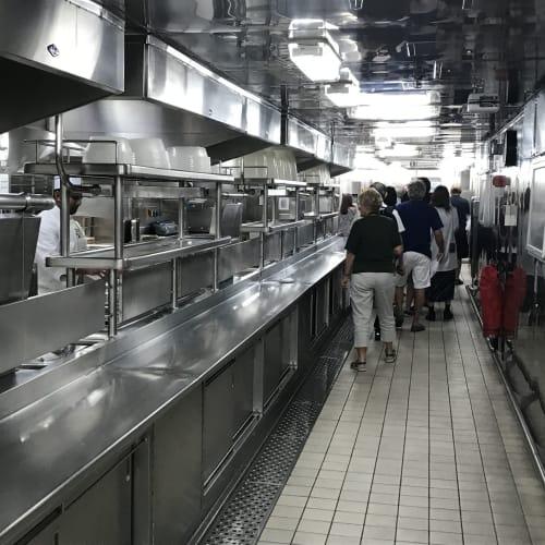 厨房見学ツアー | 客船ダイヤモンド・プリンセスのアクティビティ、船内施設