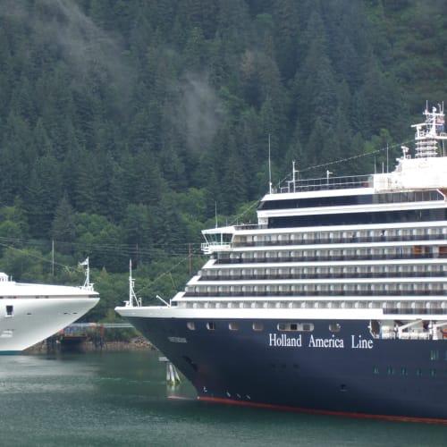 ジュノー | ジュノー(アラスカ州)での客船ザイデルダム