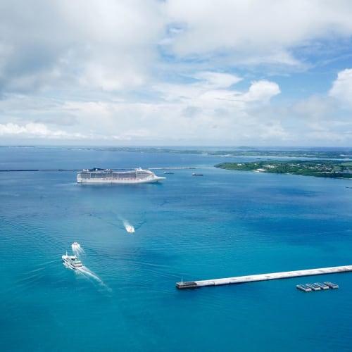 宮古島。パイナガンビーチから空撮 | 宮古島