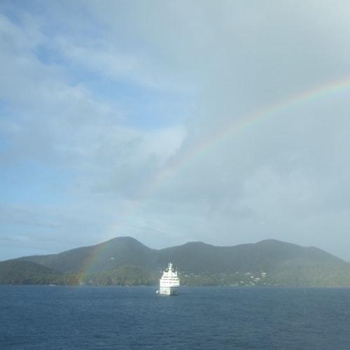 Day4#シーボーン・スピリットと虹 | 客船シーボーン・レジェンドの外観