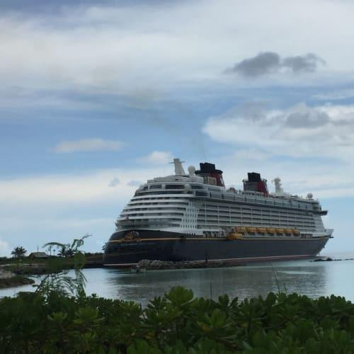 キャスタウェーキーからのファンタジー号 | キャスタウェイ・ケイでの客船ディズニー・ファンタジー