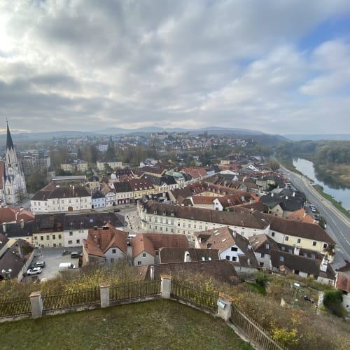 修道院のテラスから望む街並みはまるで絵本の様 | エンマースドルフ・アン・デア・ドナウ