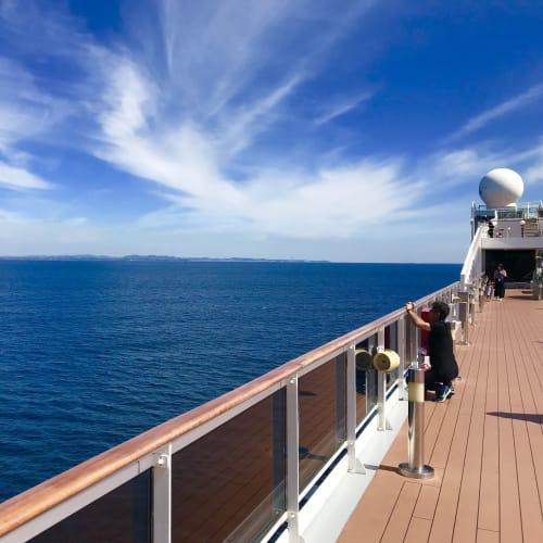 船から見る空と海は本当に綺麗だ | 客船MSCスプレンディダの船内施設