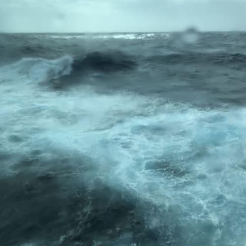 外洋は波が高い