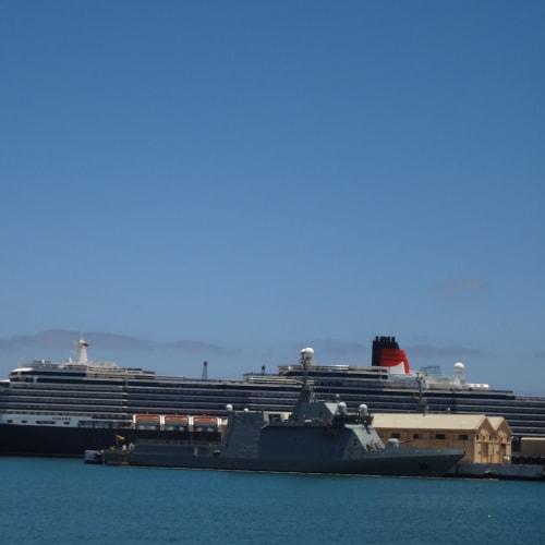 テネリフェ島 (スペイン) | サンタ・クルス・デ・テネリフェ(テネリフェ島 / カナリア諸島)での客船クイーン・ヴィクトリア