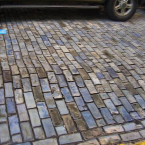 石畳の石は青みがかっています。 | サンフアン(プエルトリコ島)
