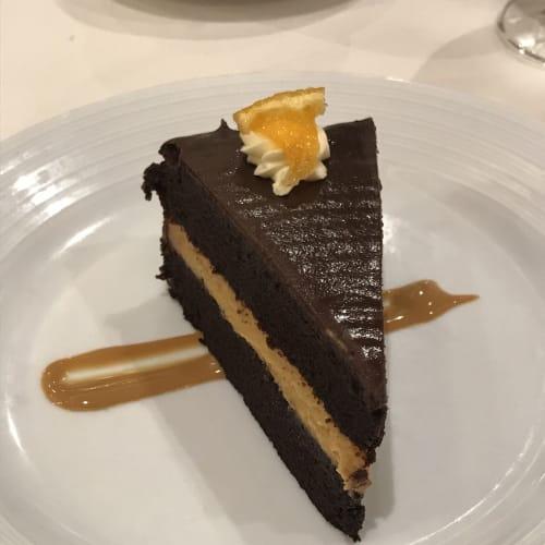 デザートのチョコケーキ