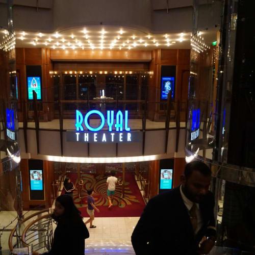 大改装でシアターの名前もLa ScalaからRoyal Theaterに変更になりました。 今後どの船も改装後は名前を統一していくそうです。