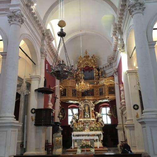 ドブロブニクの教会 | ドゥブロヴニク