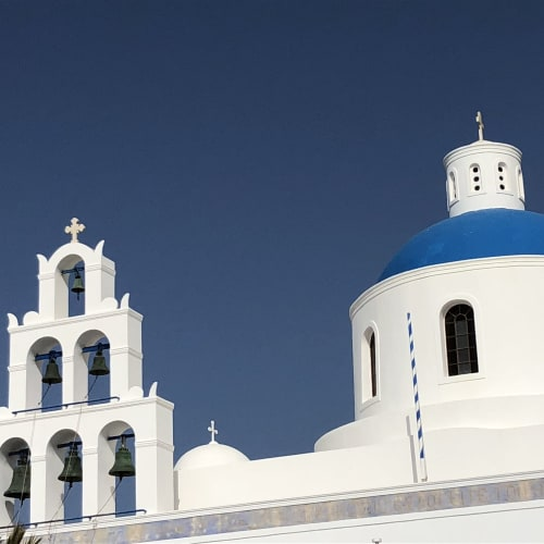 サントリーニ島のフィラにこの教会はある。次回は絶対フィラに泊まりたい。 | サントリーニ島