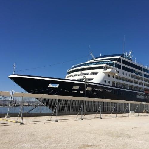 客船アザマラ・ジャーニーの外観