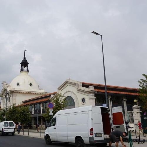 リベイラ市場でランチの予定が時間が押しているのでパステル・デ・ナタのみ食べて終了 | リスボン